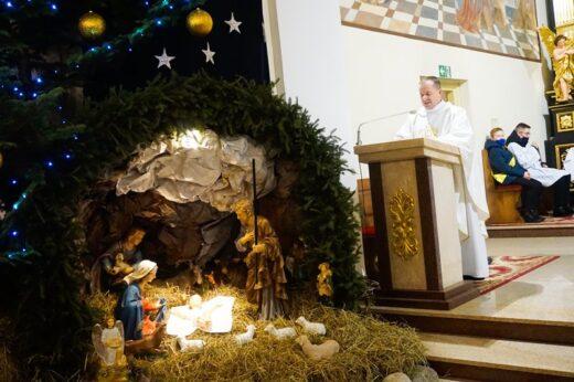 Pasterka w parafii Podwyższenia Krzyża Świętego w Adamowie